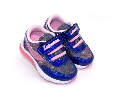 Светсящиеся кроссовки для девочки